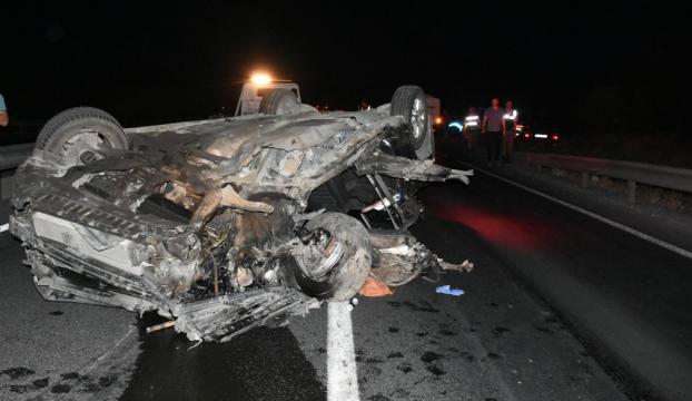 Manisada trafik kazası: 2 ölü, 1 yaralı