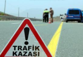 Anadolu Otoyolu'nda 10 aracın karıştığı iki ayrı zincirleme kazada 2 kişi yaralandı