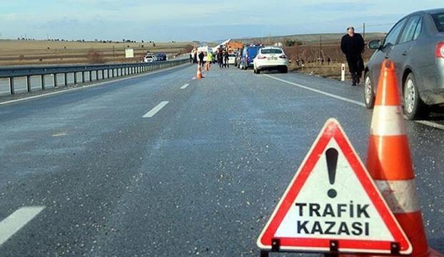 Kütahyada trafik kazası: 1 ölü, 4 yaralı