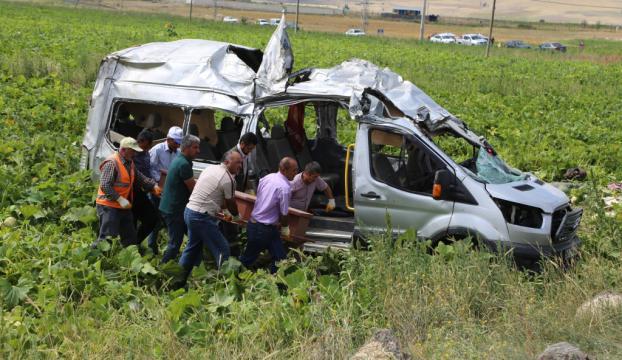 Nevşehirde trafik kazası: 7 ölü, 11 yaralı
