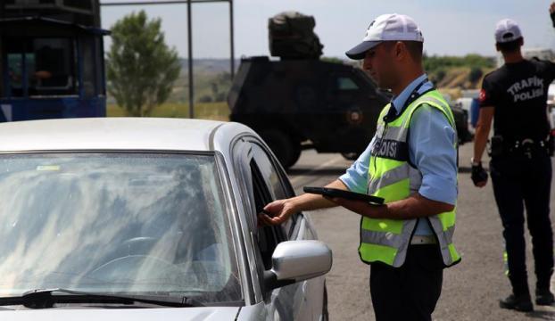 Emniyet ve Jandarmadan eş zamanlı trafik kontrolü