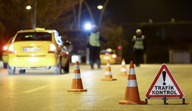 İçişleri Bakanlığı: İstanbul, Ankara, İzmirde taksilerin trafiğe çıkışları sınırlandırılacak