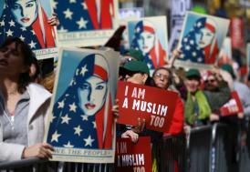 Newyork ve Chicago'da Trump karşıtı gösteri