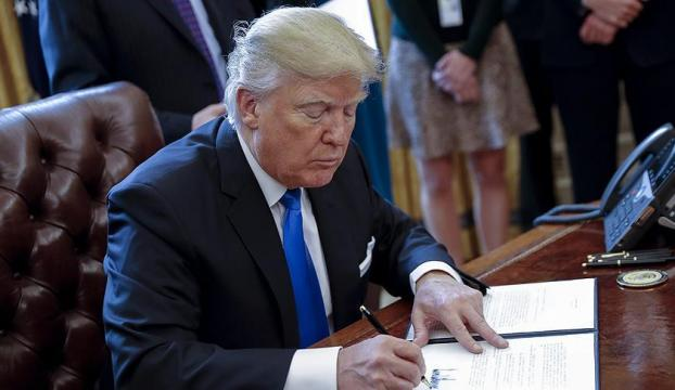 Trump, internette gizliliği ortadan kaldıran yasayı imzaladı!