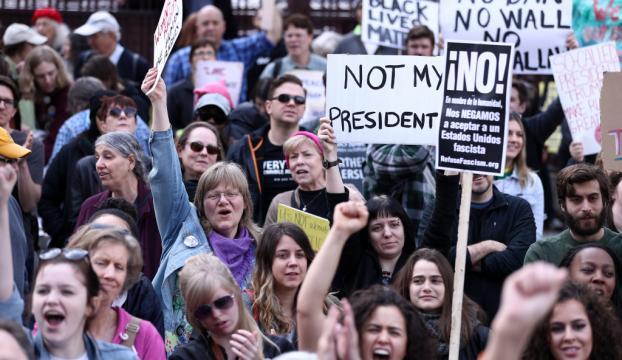 """ABD Başkanı Trump, """"Başkanlar Günü""""nde protesto edildi"""