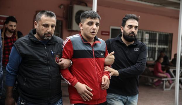 Adanada tüfekle vurulan kişi yaşamını yitirdi