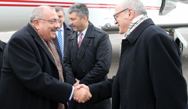 Başbakan Yardımcısı Türkeş, Tacikistanda