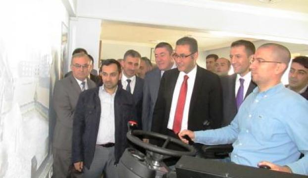 Türkiye ilk kez simülatörlü iş makinesi kursu Alaplıda açıldı