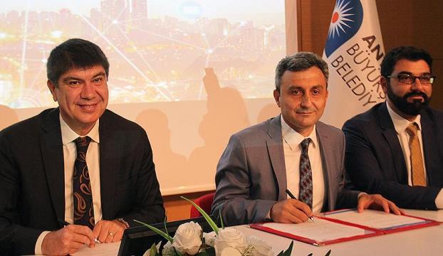 Antalyada Akıllı Kent Uygulaması protokolü imzalandı