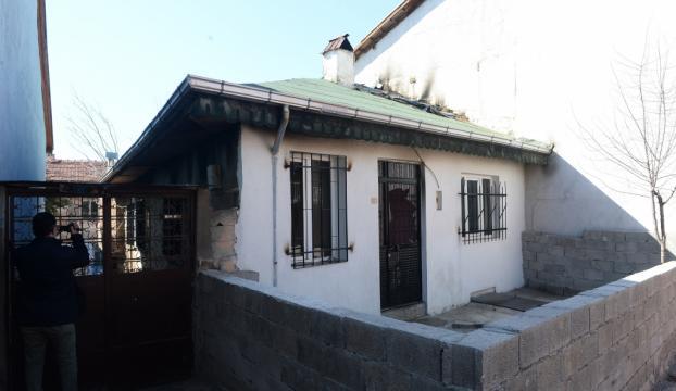 Uşakta ev yangını: 1 ölü