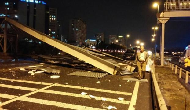İstanbulda köprü çöktü