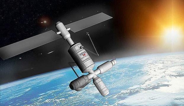 Hindistan uzaya tek seferde 104 uydu göndererek rekoru ele geçirdi