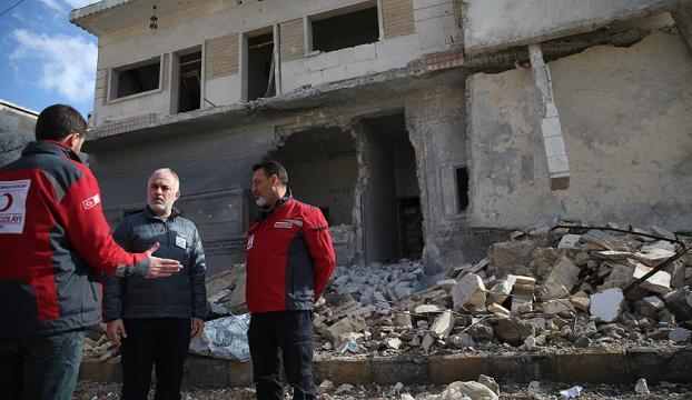 Suriye rejiminin kuşattığı Vaer ilçesinden bin 500e yakın kişi yolda
