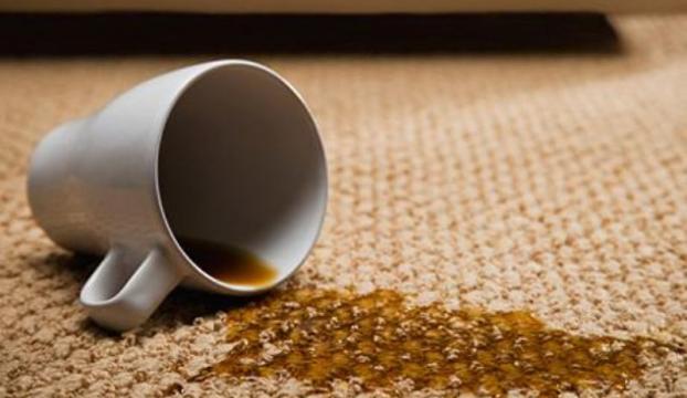 Halıdan çay lekesi nasıl çıkartılır?