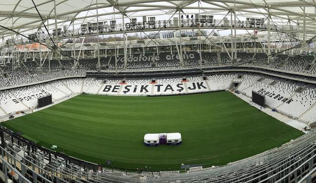 Beşiktaşın iç, Fenerbahçenin dış saha performansı göze çarpıyor