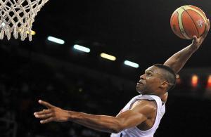 """Westbrook'un """"triple double""""ı galibiyete yetmedi"""