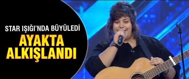 X Factor'de ayakta alkışlandı