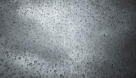 İstanbul Bakırköy'de yağış trafiği etkiledi