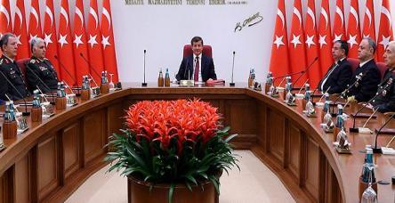 testDavutoğlu başkanlığında ilk YAŞ toplantısı