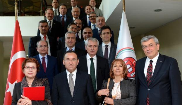 Yeni HSYK üyeleri göreve başlıyor