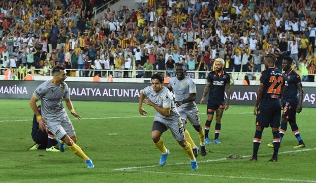 Başakşehir Malatyaspora farklı yenildi