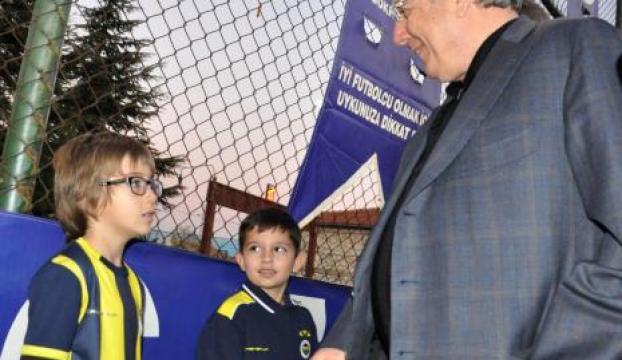 Yıldırım, Edirnede geleceğin futbolcularıyla bir araya geldi