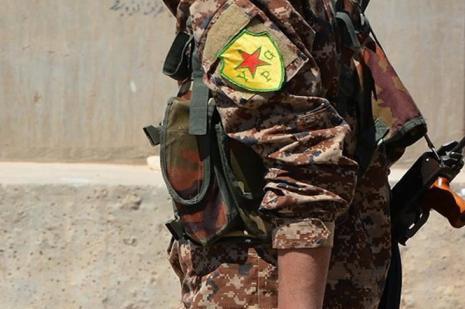 Terör örgütü YPG/PKK Deyrizor'da protestoculara ateş açtı: 1 ölü, 3 yaralı