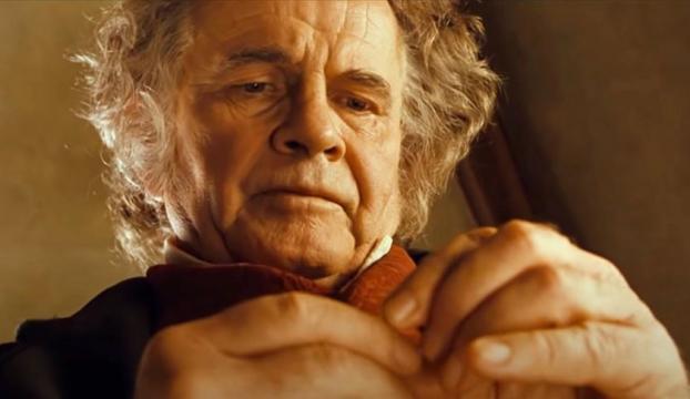 """""""Yüzüklerin Efendisi"""" filminde Bilbo Bagginsi canlandıran İngiliz aktör Sir Ian Holm öldü"""