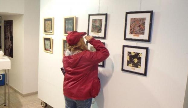 Zeki Müren desenleri sergisi açıldı