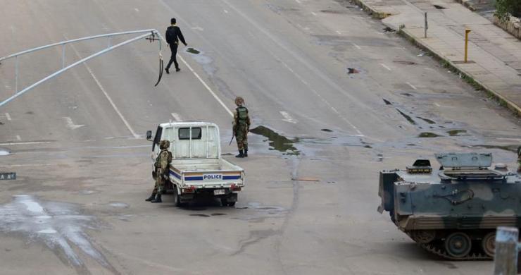 Zimbabve'de askeri müdahale
